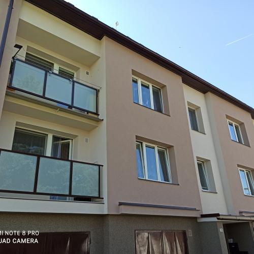 Zateplení fasády - bytový dům Veselá